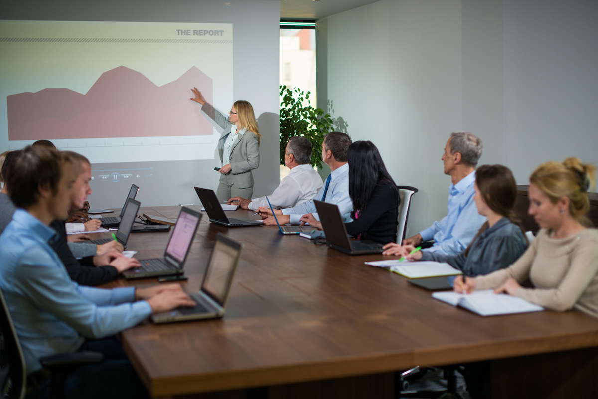 Tips on buying a business projector